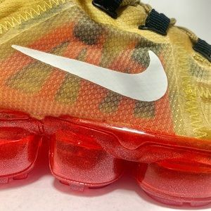 Nike Shoes - Nike Vapormax Women